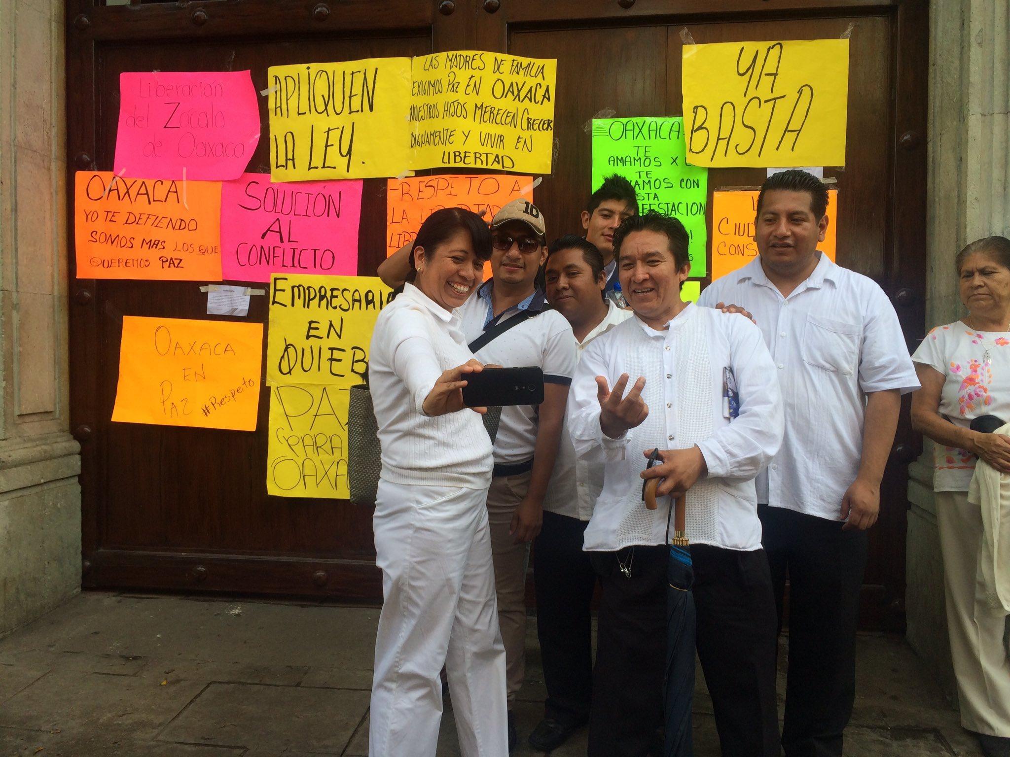 Oaxaca del pueblo, el día que la Vallistocracia se autobloquea